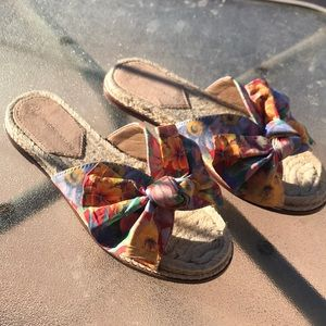 Antonio melani colorful  bow sandal shoe size 6 e7
